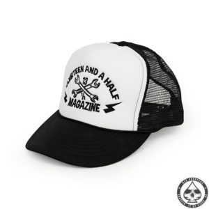 13 and a half Magazine Trucker cap ( black)